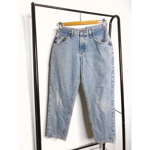 Vintage Lee's Blue High Rise Cropped Mom Jeans